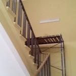 Процесс ремонт лестничного марша